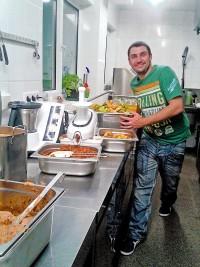 Manuel in der Küche